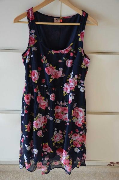 Kleid only blumen