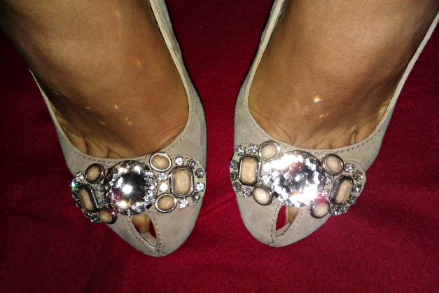Zara Pumps Peep Toes High Heels schwarz Lack Stoff Schleife 39