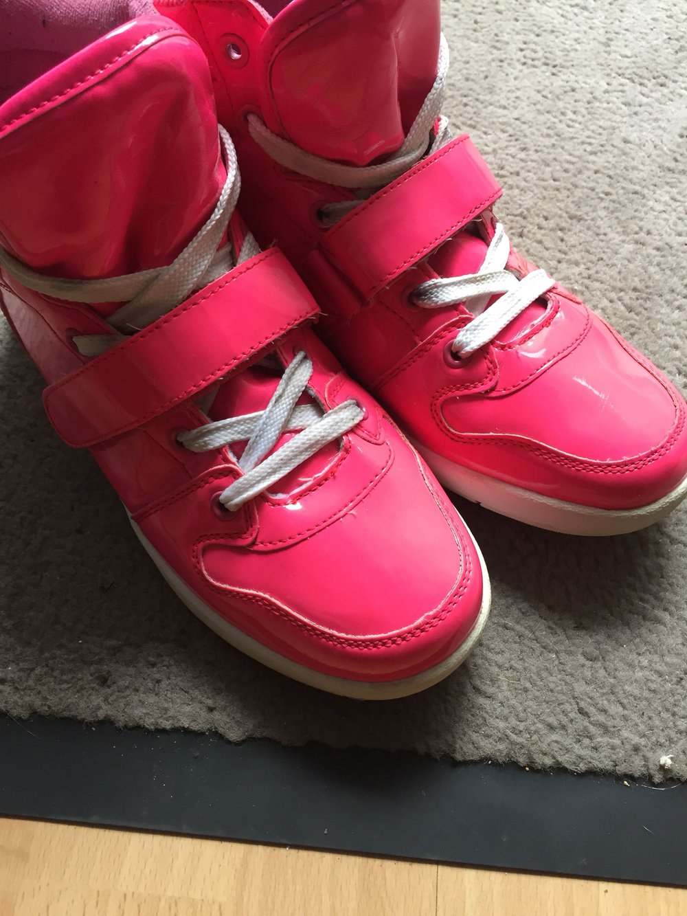 best website 612bb 76c3f Knallig Pinke Schuhe *_*