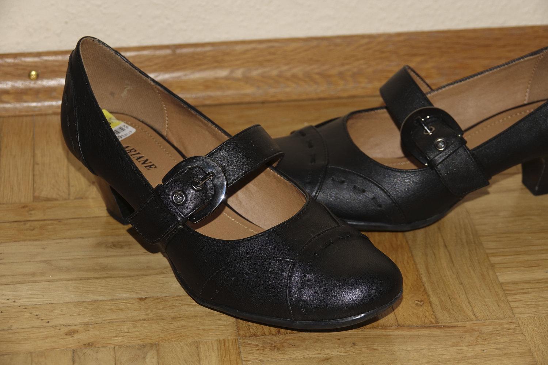bff477030c567d Schöne schwarze Pumps    Kleiderkorb.ch