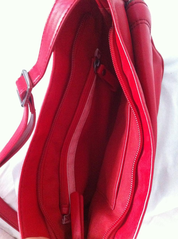 fba841a506c84 rote Handtasche von Esprit rote Handtasche von Esprit ...