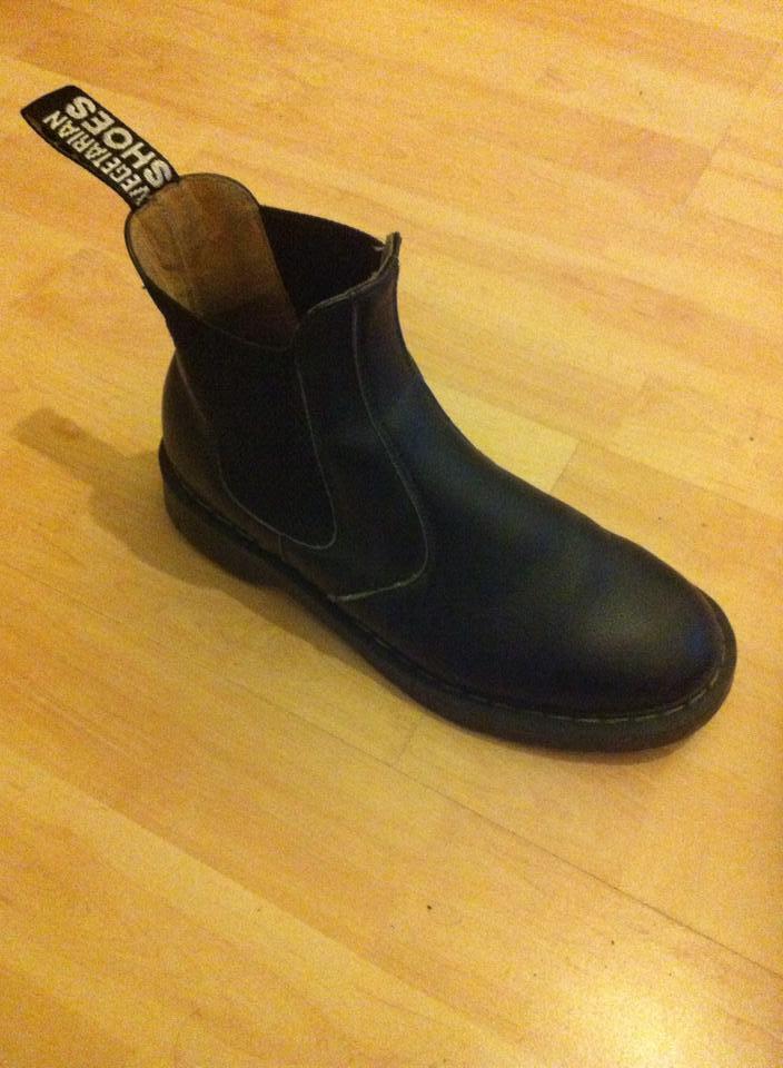 a06c948774d ... Vegetarian Shoes Dr. Martens  Chelsea Boots  Gr. 38  vegan ...