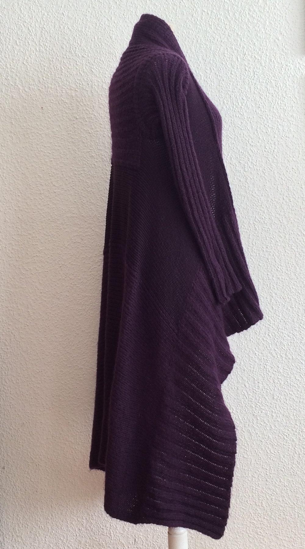 67a470d40250 ... Asymmetrische Strick Stefanel Strickmantel, lange elegante Strickjacke  im Grobstrick, Long Cardigan mit Schalkragen, Asymmetrische Strick ...