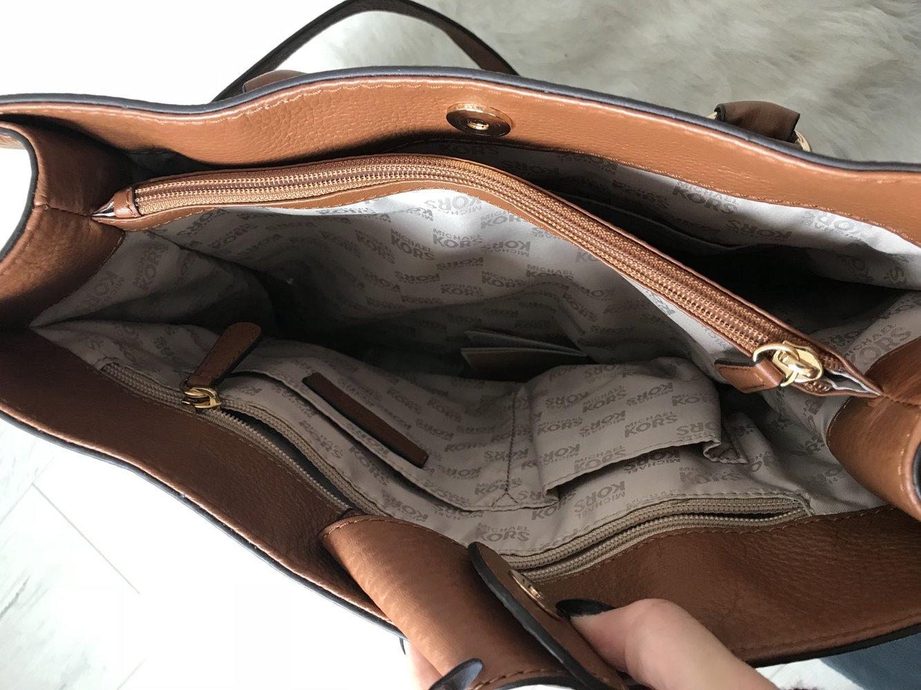 Original Michael Kors Tasche mit Schutztasche :: Kleiderkorb.ch