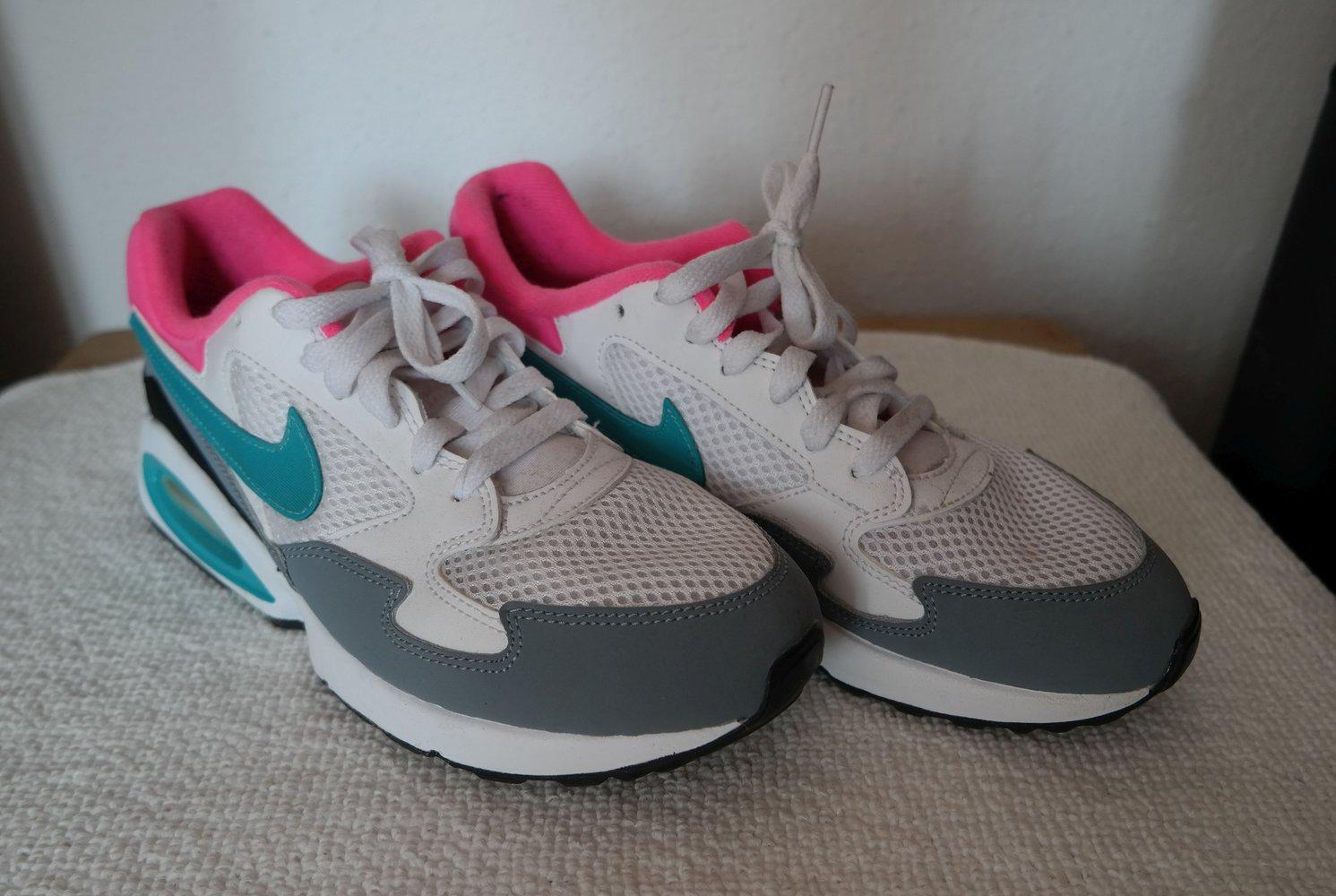 Damen Schuhe::€68.19,Nike Air Max Command Low Top Sneaker