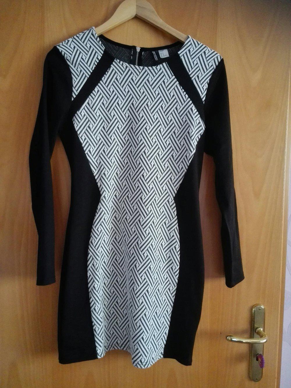 H&M - schickes Kleid schwarz weiß :: Kleiderkorb.ch