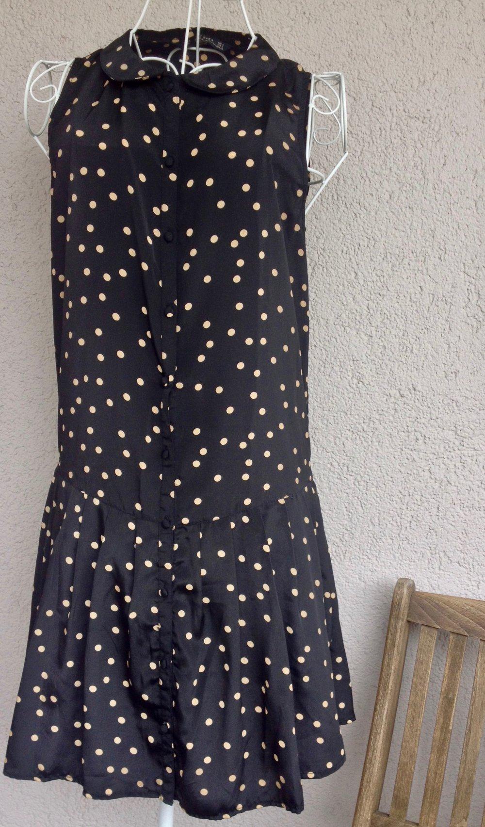 Zara wunderschönes Kleid mit Punkten :: Kleiderkorb.ch