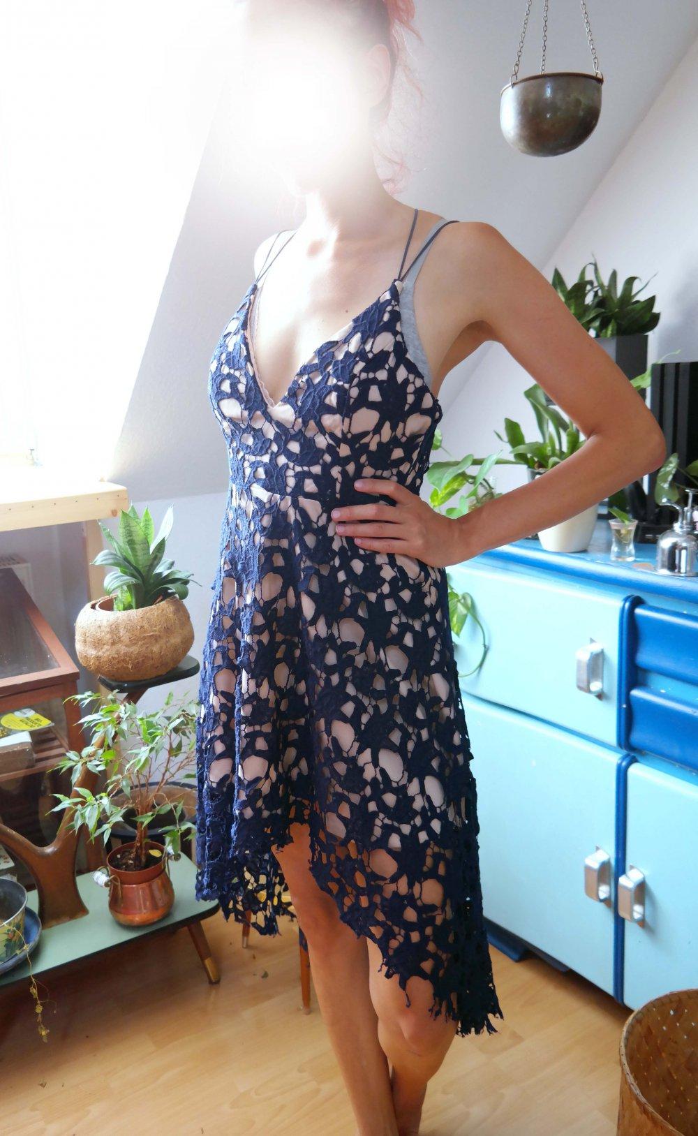 HighLow Kleid Spitzenkleid Abendkleid dunkelblau marine ...