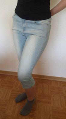 Lorina26